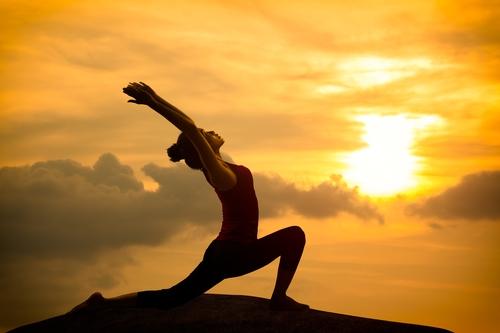 5 posizioni Yoga che ogni runner dovrebbe conoscere