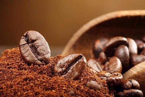 pro e contro caffè