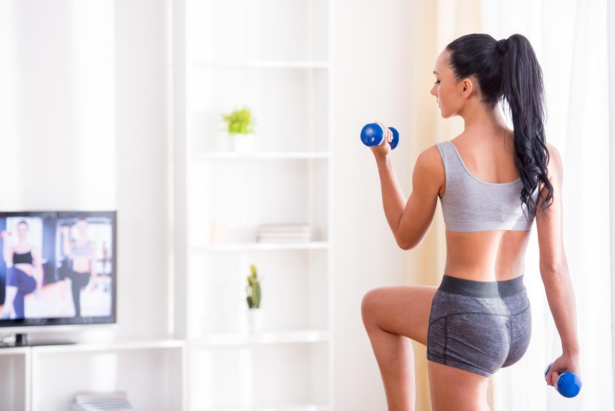allenamento a casa, home fitness scheda allenamento a casa